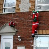 Ziemassvētkos apsveic nosūtot īsziņas vai sazvanoties