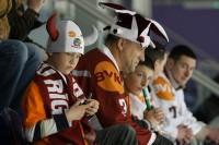 Prognozē hokeja spēles rezultātu un saņem dāvanu no Herbalife