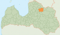 A. Pitkēvičs ziedo savai bijušajai skolai Latvijā