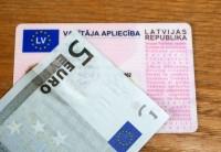 Īrijā papildus izmeklēs lietu par viltotu Latvijas autovadītāja apliecību
