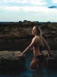 <em>Ryanair</em> kalendāra modele - meitene no Latvijas