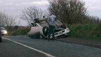 Par neapdrošinātu auto izraisītiem negadījumiem no savas kabatas jāmaksā gadiem