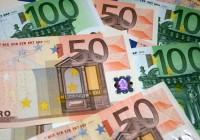 Parlaments nobalso par minimālās algas samazināšanu