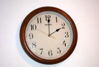30. oktobrī jāpagriež pulksteņa rādītāji