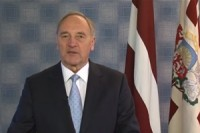 Prezidenta uzruna tautiešiem ārzemēs - video