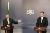 Premjeri, cita starpā, piemin arī lielo Latvijas iedzīvotāju skaitu, kas strādā Īrijā