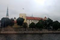 Pēc ugunsgrēka Rīgas pilī amatpersonas izvērtē situāciju