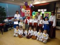 Longfordas skoliņā latviešu dziesmas dzied īru un lietuviešu bērni