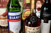 Alkohola un narkotiku palīdzības dienesti