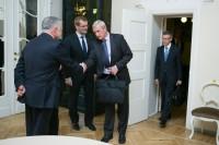 J.Vucāns tiekas ar Īrijas parlamentāriešiem