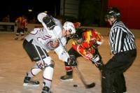 Nakts turnīri mini hokejā