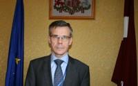 Vēstnieks G. Apals tiekas ar Limerikas pilsētas vadītājiem un latviešu kopienu