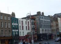 90 tūkstoši Īrijas mājsaimniecību gaida uz sociālajiem mājokļiem