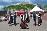 Latviešu dziesmu svētki Kanādā - emocionāli un sirsnīgi
