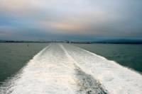 Policijā uzsākts kriminālprocess par Īrijas kravu pārvadātāja nāvi uz prāmja
