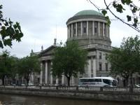 No Īrijas izraidīts notiesātais uzvar Augstākajā tiesā