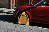 Ierosina paaugstināt maksu par transportlīdzekļa riteņu atbloķēšanu