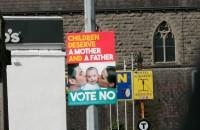 Īrijas iedzīvotāju attieksme pret viendzimuma laulību legalizēšanu nav viennozīmīga