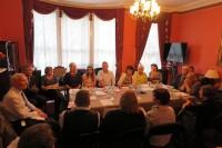 Londonā diskutē par kopienai aktuālām tēmām