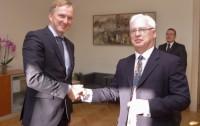 Valsts sekretārs ar jauno Īrijas vēstnieku pārrunā divpusējo sadarbību