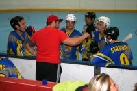 <em>Longford Hawks B</em> komanda turpina uzvaru sēriju