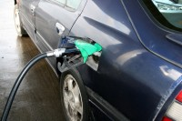 Prognozē degvielas cenu samazināšnos