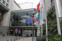 Briselē šodien lemj par pabalstu ierobežošanu iebraucējiem