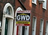 Mājokļu skaits samazinās, īres cenas kāpj