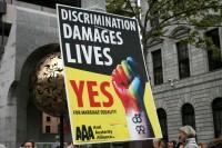 Īrijā reģistrētas 412 viendzimuma laulības