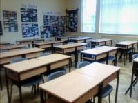 Vidusskolas skolotāju arodbiedrība draud ar streiku