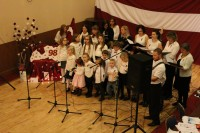 Co. Mayo sirsnīgi svin Latvijas svētkus