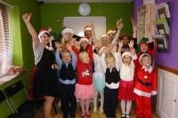 Ziemassvētki Co. Cavan skoliņā