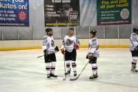 <em>Latvian Hawks</em> izcīna svarīgu uzvaru