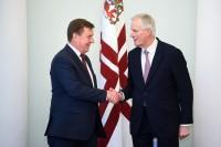 Kučinskis uzsver Latvijas valstspiederīgo intereses Lielbritānijā
