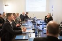 Deputāti: Latvijas nodokļu politika jāsalāgo ar diasporas politiku