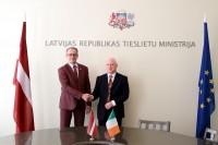 Dz. Rasnačs ar Īrijas vēstnieku apspriež divpusējās sadarbības stiprināšanu