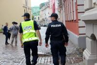 ASV Valsts departaments ziņojumā par cilvēku tirdzniecību iezīmējis drūmu ainu Latvijā