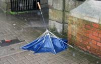 Brīvdienās Īriju, iespējams, sasniegs vētra Gert