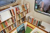 Mobilā bibliotēka atkal dodas pie lasītājiem (papildināts)