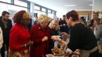 Vēstniecība un Dublinas dejotāji piedalās labdarības tirdziņā