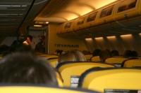 <em>Ryanair</em> ēdienkartē iekļauj veselīgākus papildinājumus