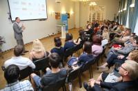 """""""Tele2"""" aicina darba devējus kopīgi apņemties atgriezt Latvijā vismaz 1000 emigrējušo darbinieku"""