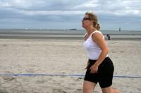 Pludmales volejbolisti sāk cīņu par King & Queen of the Beach tituliem