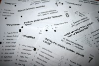 Zināmi 13.Saeimas deputātu kandidātu sarakstu numuri