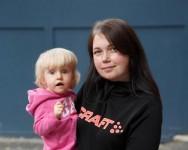 Mazās Mias aprūpe ģimenei izmaksā tūkstošiem eiro
