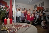 """""""Saulgriezītē"""" svin Latvijas svētkus"""