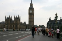 Lielbritānijas parlaments noraida