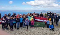 Latvieši Sv.Patrika kalna virsotnē