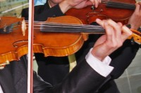 """Koncertā """"Heart Strings"""" skanēs Ērika Ešenvalda mūzika"""