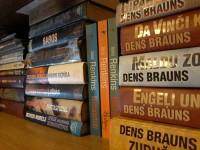 Tulovas bibliotēkā atklās latviešu grāmatu plauktu